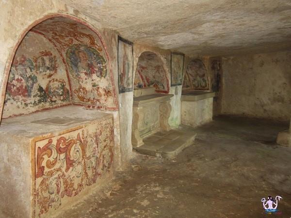 Ortelle, Madonna della Grotta, vista dall'interno.
