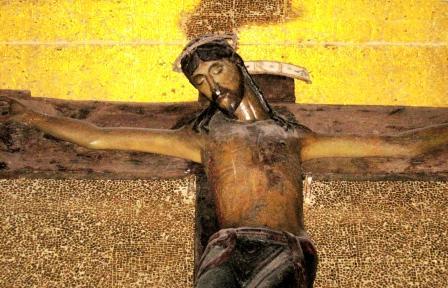 Crocifisso nero a Nardò.